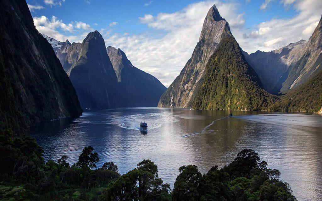 Milford Sound - New Zealand - South Island